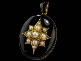 c1870 Victorian 18ct Gold & Onyx Mourning Locket