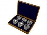 1902 Silver Plated Boxed Set of 6 Oyster or Fishbone Dishes