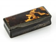 c1790 Georgian Horn and Tortoiseshell Snuff Box