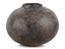 c1900 South Africa Textured Earthenware Ukhamba Jidaga Pot