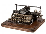 1897 Blickensderfer 7 London Portable Typewriter